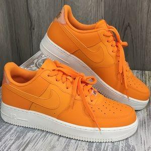 NIKE WMNS AIR FORCE 1 '07 ESS orange peel/orange p